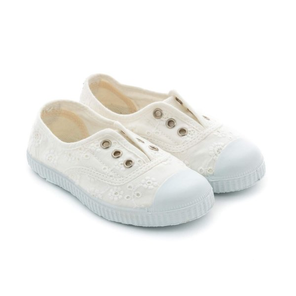 Chipie - WHITE EMBROIDERY SNEAKERS FOR GIRLS